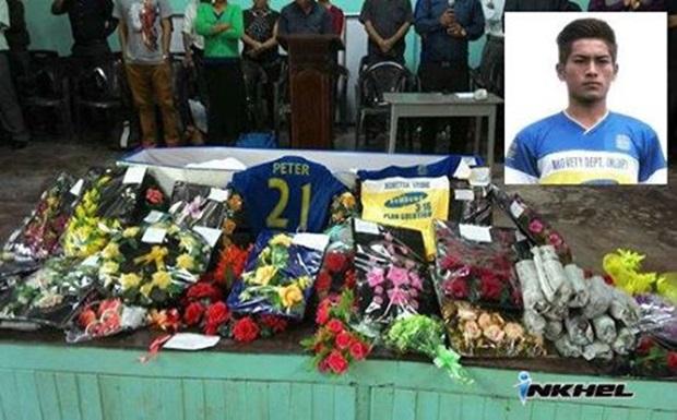 Fallece un futbolista indio por celebrar un gol haciendo la voltereta