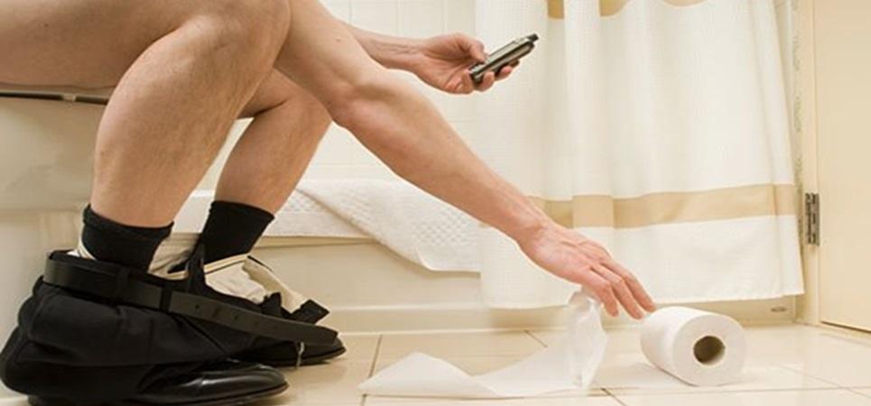 Tu móvil tiene más bacterias que el váter