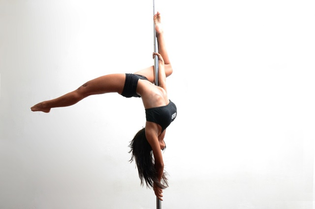 ¿Has probado ya el pole dance o baile en barra?