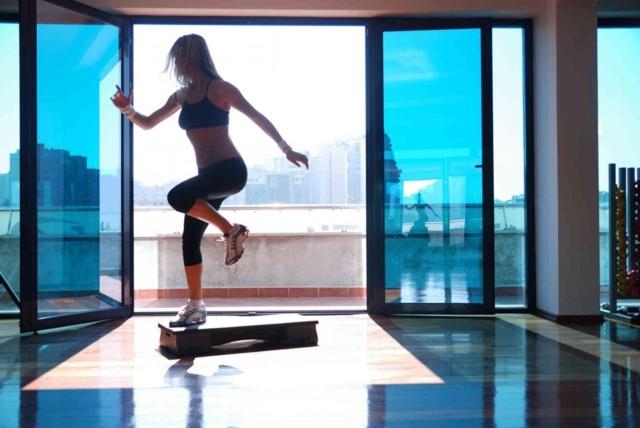 20 minutos, cinco ejercicios quemar grasa