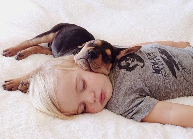 Dormir siesta mejora la memoria de los niños