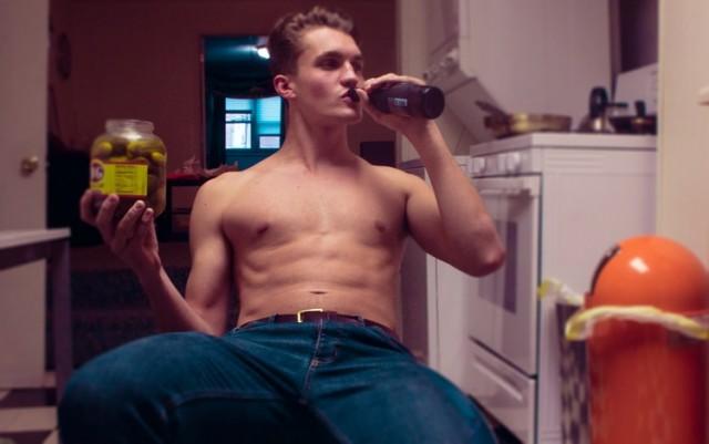 ¿Por qué los hombres que beben cerveza son mejores amantes?