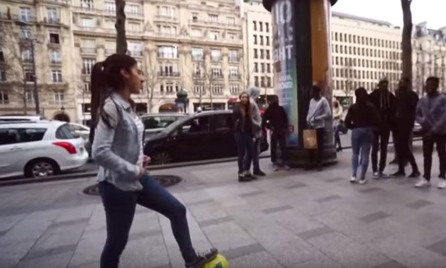 Esta chica de 16 años deja a todos sin palabras con sus habilidades con el balón