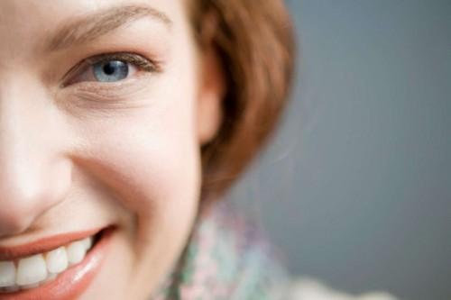 5 trucos para reafirmar las mejillas caídas