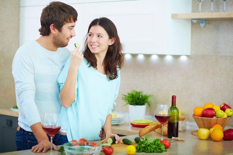 Porque los hombres consiguen acabar las dietas y las mujeres no