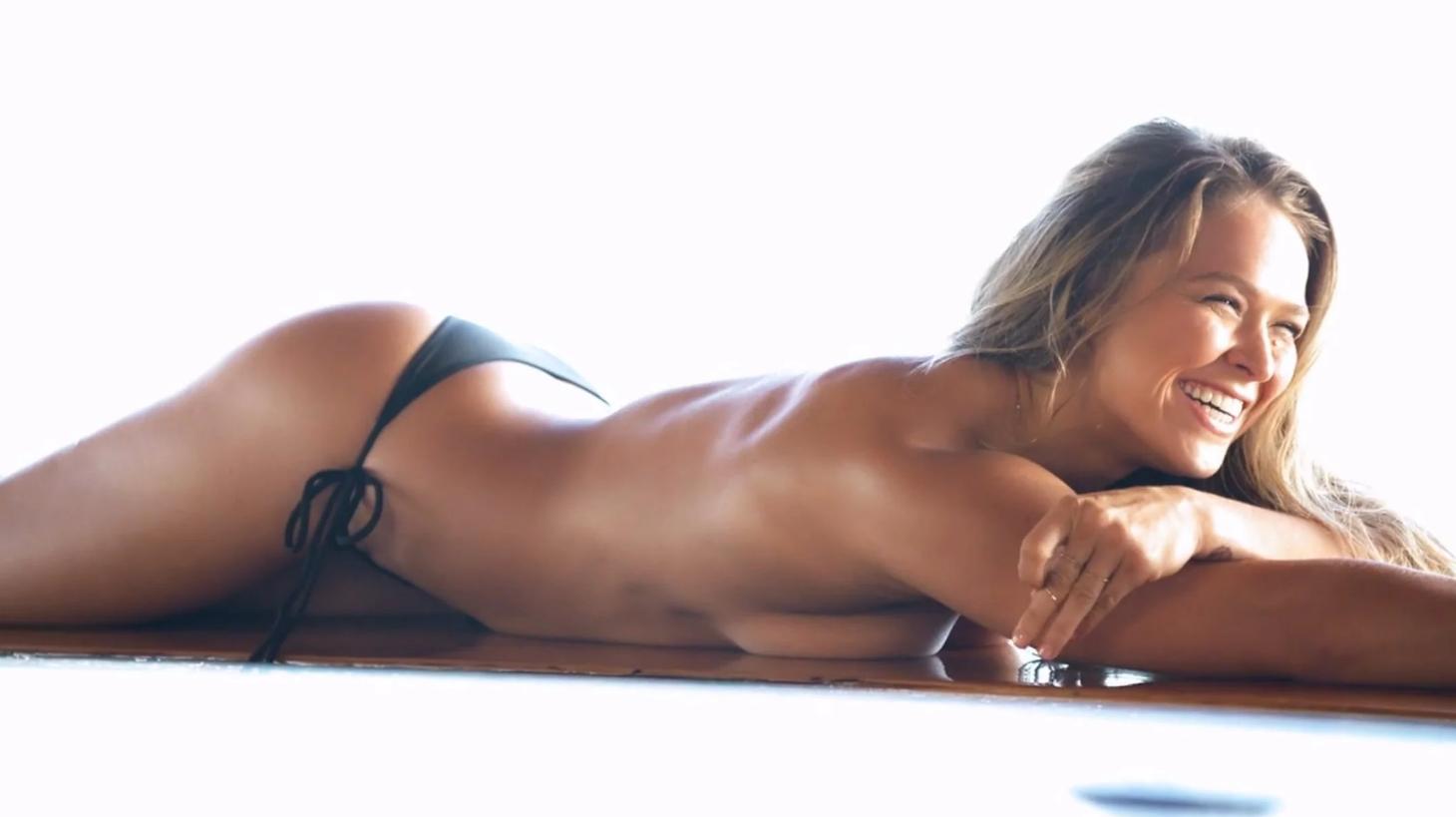 Ronda Rousey desnuda: una luchadora demasiado sexy
