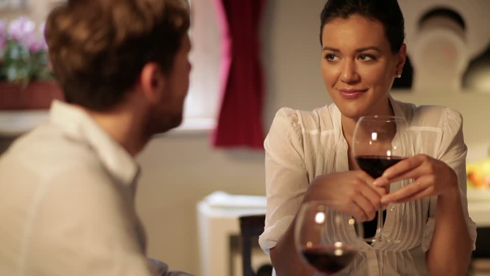 El vino te ayuda a ser mejor en la cama