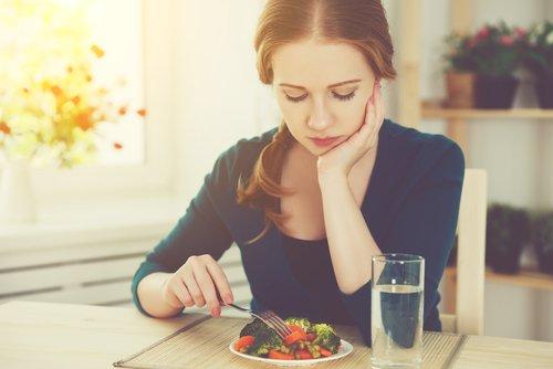 ¿Por qué si estoy a dieta no adelgazo?