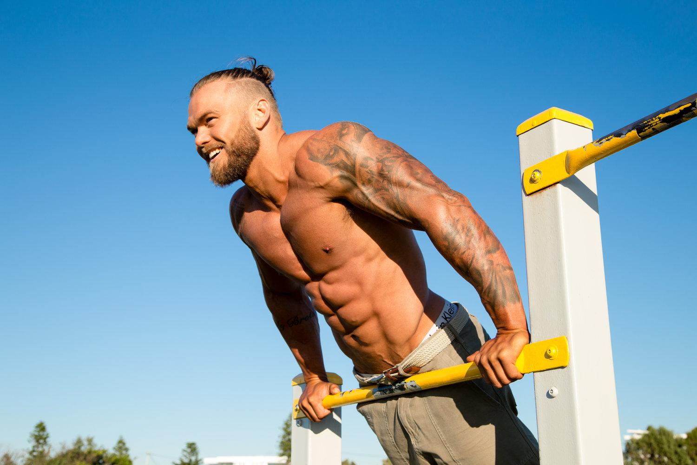 Este militar australiano quiere motivas a otras personas a tener su cuerpo