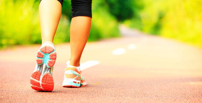 Los increíbles beneficios de caminar una hora al día