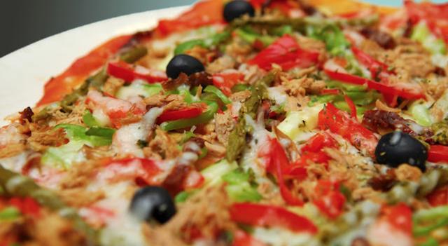 Deliciosa pizza de menos de 300 calorías