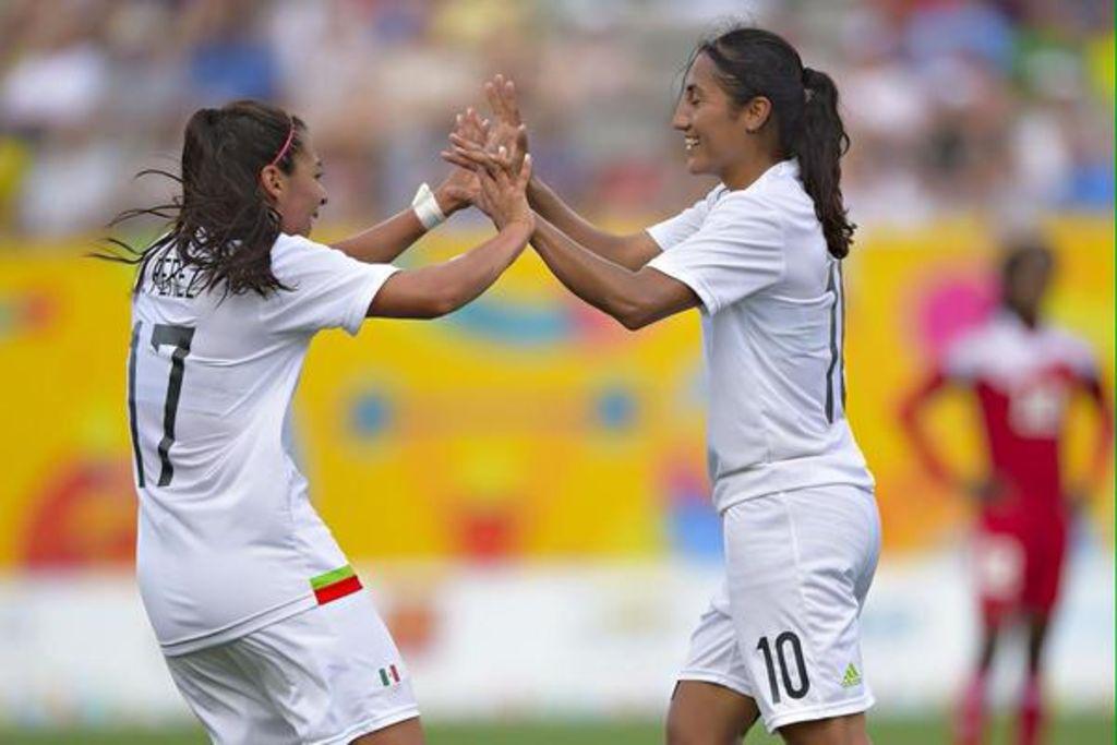 Las futbolistas mexicanas que tuvieron que abandonar el país por ser pareja