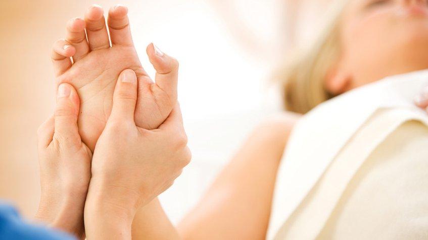 Cómo aliviar el dolor de articulaciones con remedios caseros