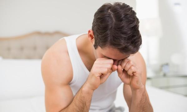 Cómo aliviar los dolores de ojos tras mirar la pantalla demasiado tiempo