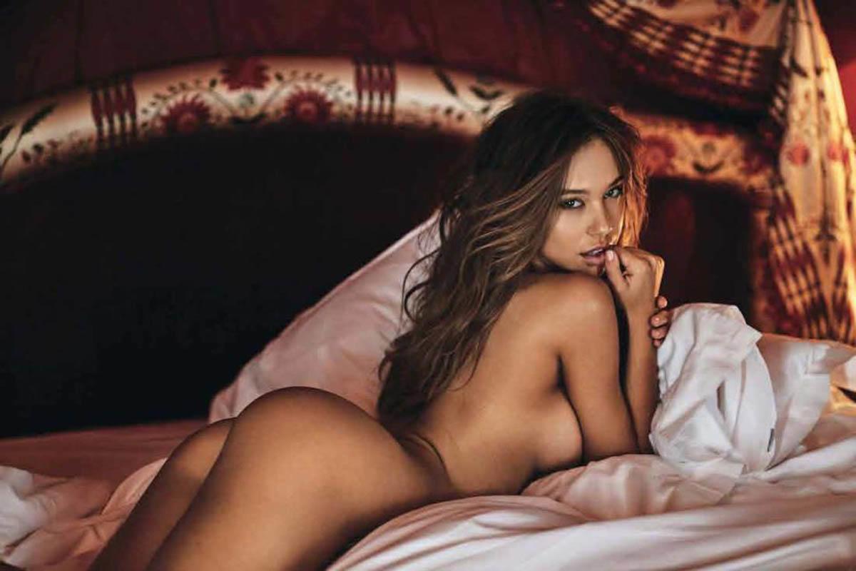 Alexis Ren desnuda en Sport Illustrated