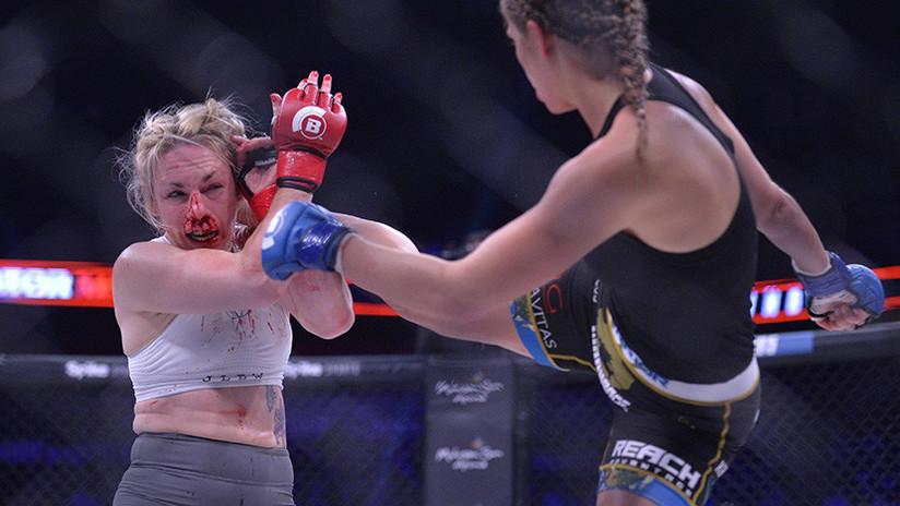 El vídeo en el que una luchadora desfigura la cara a su rival de una patada