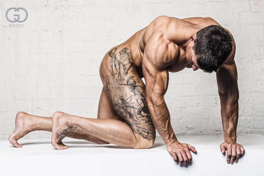 Tom Coleman desnudo, uno de los mejores modelos de fitness del mundo