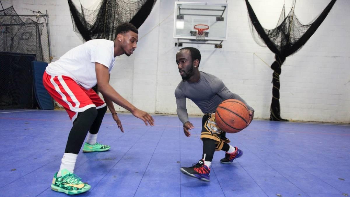 hot shot, jugador de baloncesto enano