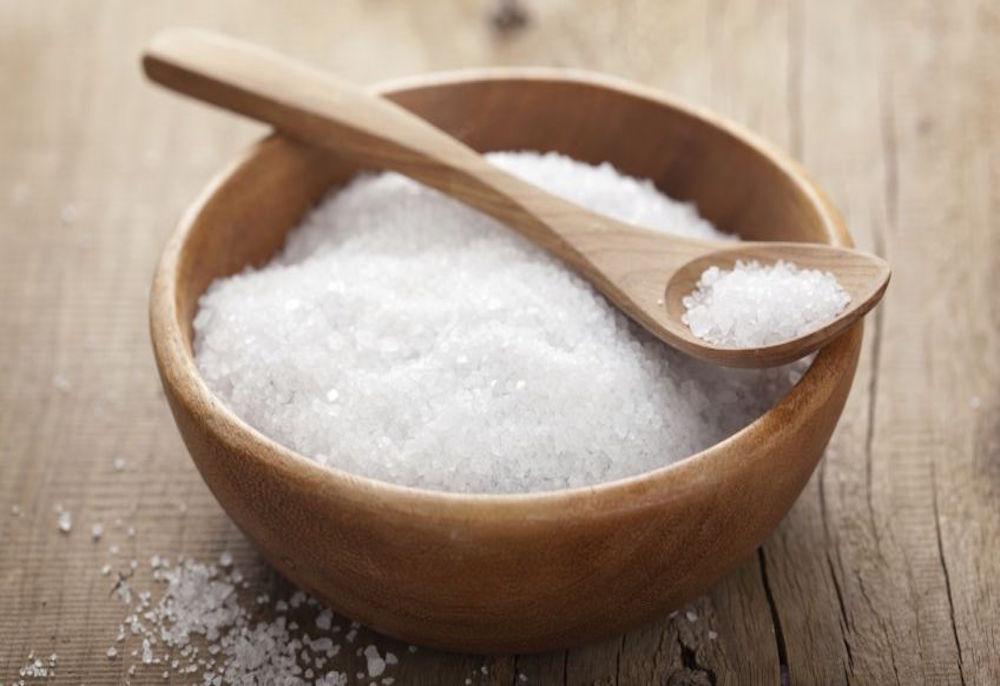 la sal afecta al cerebro