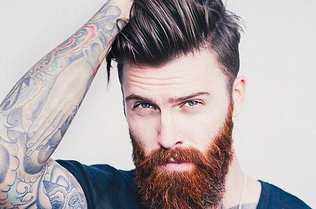 pelo moreno barba roja