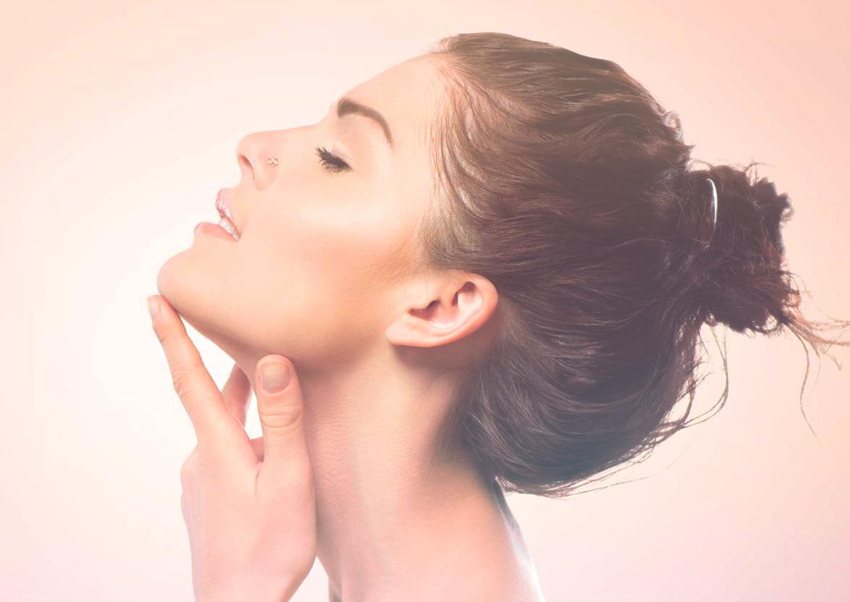 Por qué el yoga facial es la mejor forma de mantenerte joven