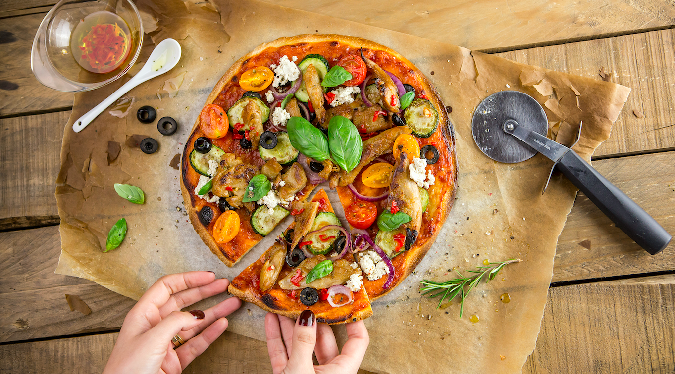 Recetas heura c mo se cocina el nuevo 39 pollo 39 vegano for Como se cocina el seitan